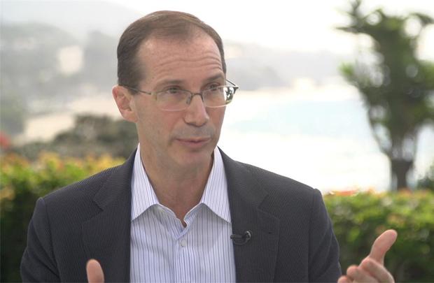 Bill Gross là nhà sáng lập, Chủ tịch và CEO Idealab - Vườn ươm doanh nghiệp tập trung vào những ý tưởng mới.