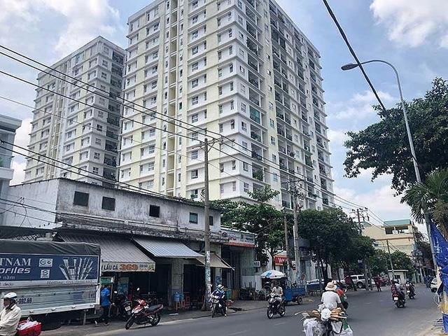Chung cư Khang Gia Tân Hương là nơi từng gây hoang mang về thông tin ngân hàng siết nợ nhà. Ảnh: QUANG HUY