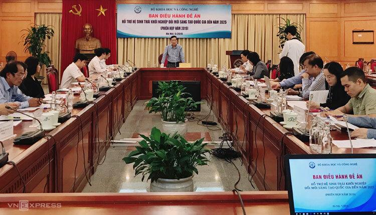 Thứ trưởng Trần Văn Tùng phát biểu tại cuộc họp Ban điều hành Đề án 844.